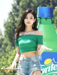 BLACKPINK-Jennie-Sprite-Waterbomb-Festival-Seoul-41