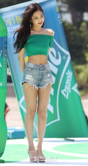 BLACKPINK Jennie Sprite Waterbomb Festival Seoul 51