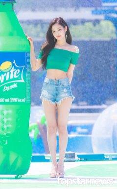 BLACKPINK-Jennie-Sprite-Waterbomb-Festival-Seoul-77