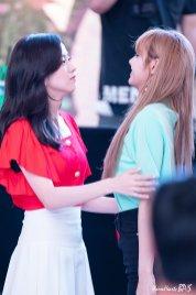 BLACKPINK Jisoo Fansign event Yeouido July 8, 2018 IFC Atrium 4