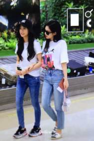 BLACKPINK-Jisoo-Jennie-Airport-Photo-26-July-2018-Gimpo-6