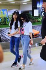 BLACKPINK-Jisoo-Jennie-Airport-Photo-26-July-2018-Gimpo-8