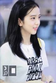 BLACKPINK-Jisoo-airport-fashion-4-july-2018-photo-8