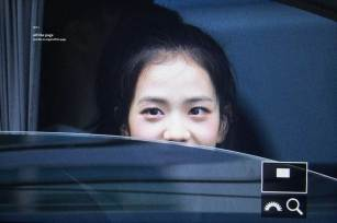 BLACKPINK-Jisoo-leaving-Inkigayo-15-July-2018-Car-photos-8