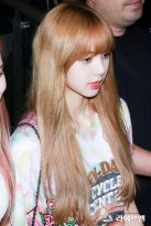 BLACKPINK Lisa Airport Photo 26 July 2018 Gimpo 2