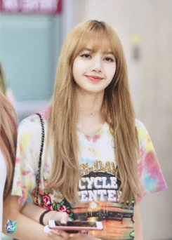 BLACKPINK Lisa Airport Photo 26 July 2018 Gimpo 4