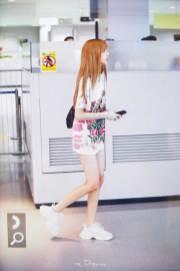 BLACKPINK-Lisa-Airport-Photo-26-July-2018-Kansai-Osaka-4