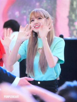 BLACKPINK Lisa Fansign event Yeouido July 8, 2018 IFC Atrium 6