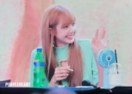 BLACKPINK Lisa Fansign event Yeouido July 8, 2018 IFC Atrium 8