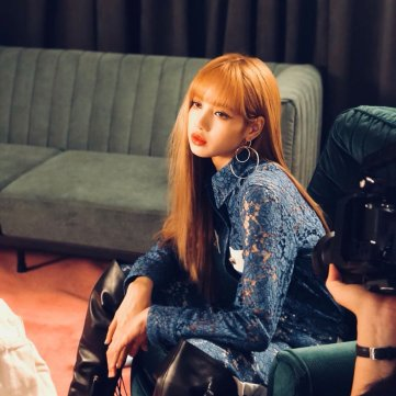 BLACKPINK Lisa Instagram Photo Update 20 July 2018 Cosmopolitan Magazine