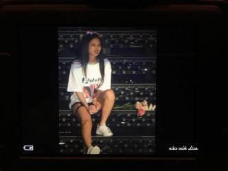 BLACKPINK-Lisa-Japan-Arena-Tour-Day-1-Osaka-15