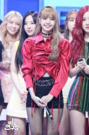 BLACKPINK Lisa MBC Music Core 14 July 2018 PD Note Photo 4