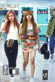 BLACKPINK Lisa Rose Airport Photo 26 July 2018 Gimpo 11