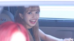 BLACKPINK Lisa leaving Inkigayo 15 July 2018 Car photos 4