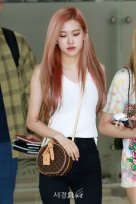 BLACKPINK Rose Airport Photo 26 July 2018 Gimpo 13