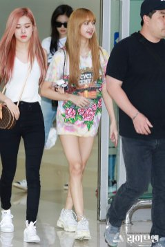 BLACKPINK Rose Lisa Airport Photo 26 July 2018 Gimpo 21