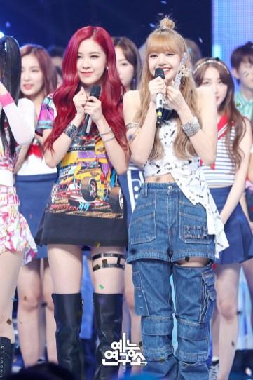 BLACKPINK Rose Lisa MBC Music Core 7 July 2018 PD Note 2