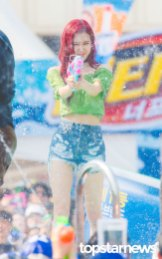 BLACKPINK-Rose-Sprite-Waterbomb-Festival-Seoul-8