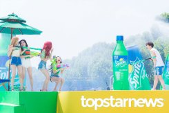 BLACKPINK-SPRITE-ISLAND-WATERBOMB-FESTIVAL-SEOUL-21-July-2018-photo-24