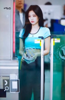 BLACKPINK UPDATE Jennie Airport Photo Fashion 22 July 2018 japan arena tour 32