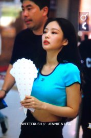 BLACKPINK UPDATE Jennie Airport Photo Fashion 22 July 2018 japan arena tour 59