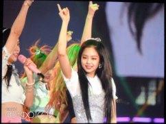 BLACKPINK-UPDATE-Jennie-Japan-Arena-Tour-2018-Day-2-Osaka-7