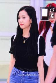 BLACKPINK-UPDATE-Jisoo-Airport-Photo-20-July-2018-Back-From-Japan-2