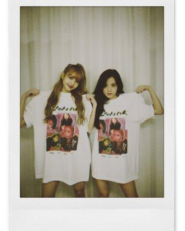 BLACKPINK UPDATE Jisoo Instagram Photo 26 July 2018 with Lisa