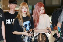 BLACKPINK-UPDATE-Lisa-Airport-Photo-Fashion-22-July-2018-japan-arena-tour-19