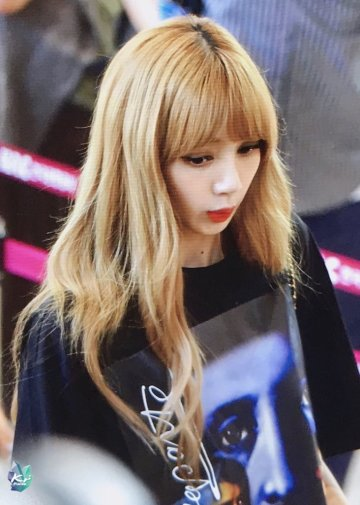 BLACKPINK UPDATE Lisa Airport Photo Fashion 22 July 2018 japan arena tour 5