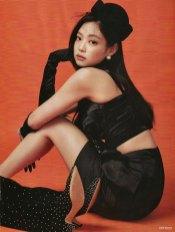 Scan-BLACKPINK-Cosmopolitan-Korea-Magazine-August-2018-Issue-Jennie-2