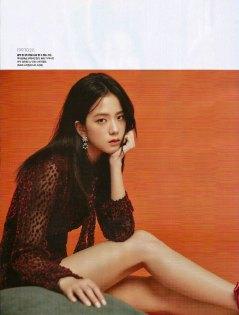 Scan-BLACKPINK-Cosmopolitan-Korea-Magazine-August-2018-Issue-Jisoo