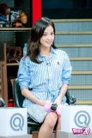 blackpink jisoo mbc unexpected q behind the scenes 13