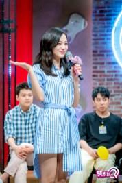 blackpink jisoo mbc unexpected q behind the scenes 16