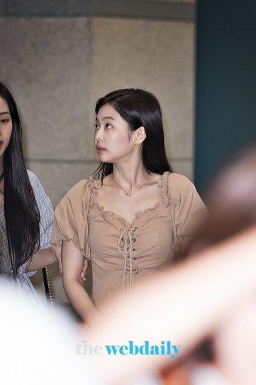 BLACKPINK Jennie Airport Photo 18 August 2018 Incheon 9