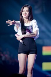 BLACKPINK-Jisoo--Japan-Arena-Tour-24-August-2018-Chiba