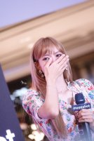 BLACKPINK LISA moonshot central world fansign event bangkok thailand 149