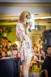 BLACKPINK LISA moonshot central world fansign event bangkok thailand 84