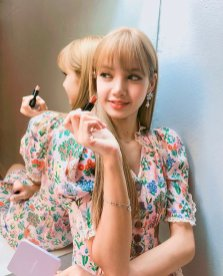 BLACKPINK LISA moonshot central world fansign event bangkok thailand Instagram
