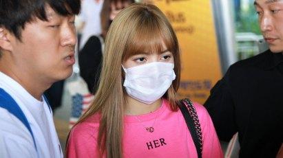 BLACKPINK-Lisa-Airport-Photo-18-August-2018-Incheon-26