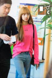 BLACKPINK-Lisa-Airport-Photo-18-August-2018-Incheon-29