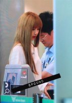 BLACKPINK Lisa Airport Photo 8 August 2018 Incheon to Jakarta Indonesia 11