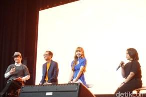 BLACKPINK Lisa Meet and Greet Indonesia stage 8