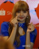 BLACKPINK Lisa meet and greet Jakarta Indonesia press 6