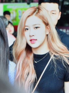 BLACKPINK Rose Airport Photo 18 August 2018 Incheon 7