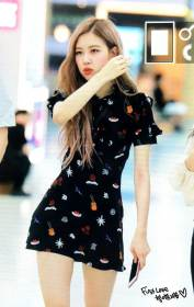 BLACKPINK-Rose-Airport-Photo-23-August-2018-Gimpo-11