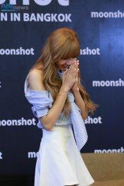 Day 1 BLACKPINK Lisa moonshot fansign event Bangkok Thailand 1