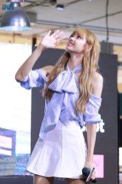 Day 1 BLACKPINK Lisa moonshot fansign event Bangkok Thailand 44