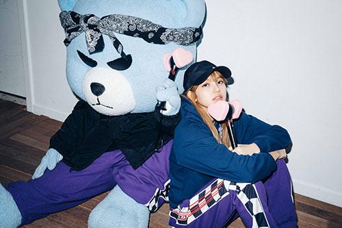 10-BLACKPINK Lisa X-girl Japan 2nd Nonagon Collaboration
