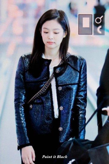 101-BLACKPINK Jennie Airport Photos Incheon to Paris Fashion Week